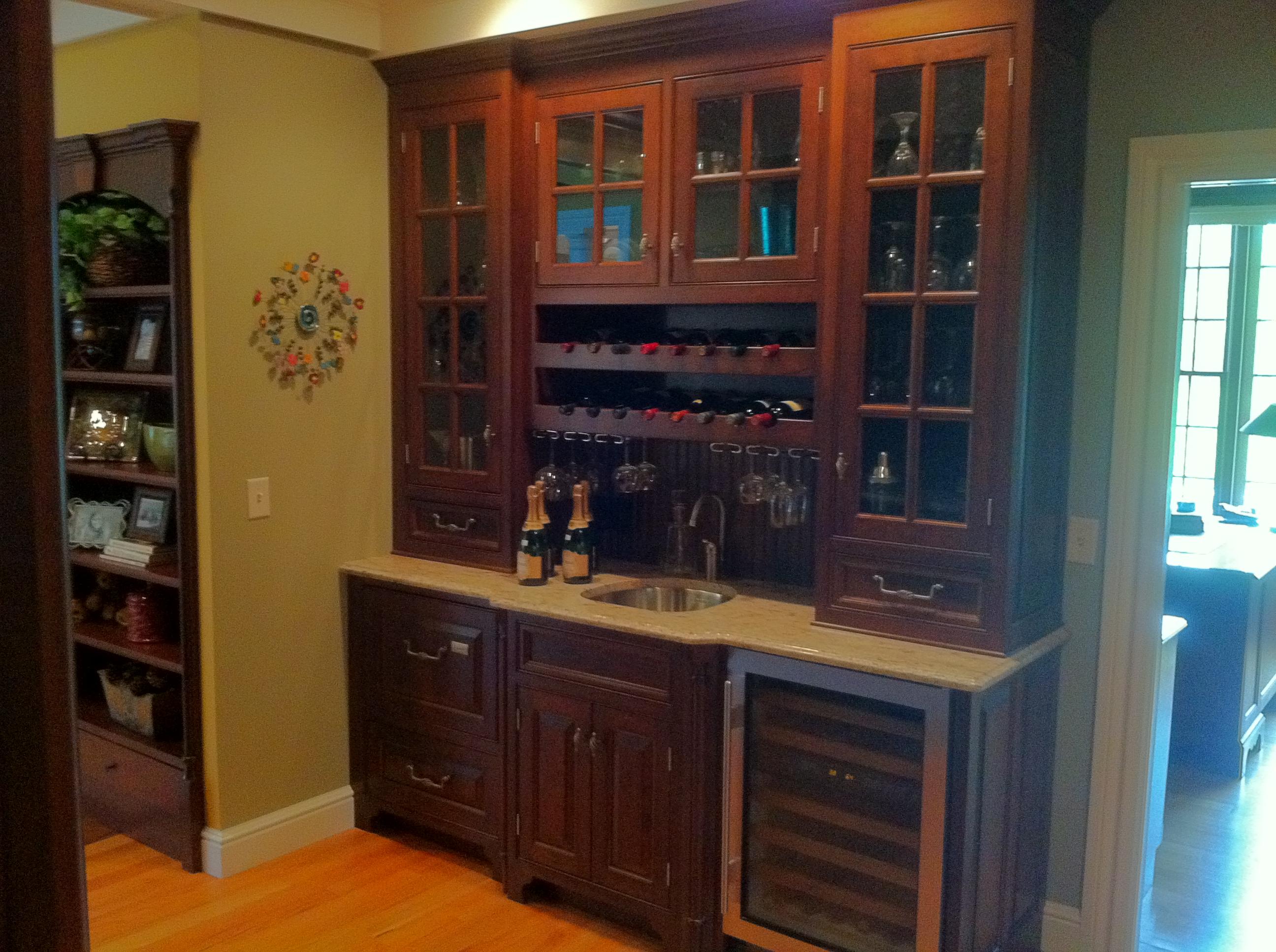 Cabinet Refinishing & Kitchen Remodeling in Rhode Island RI